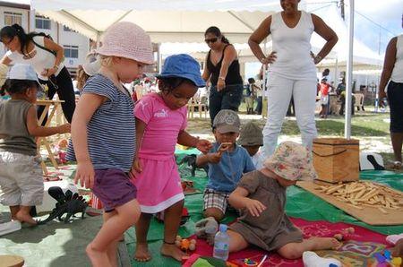 """Le village des """"enfants"""" à la place des fêtes"""