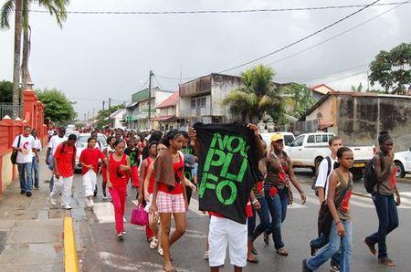 """Journée mondiale de lutte contre le SIDA : """"NOU PLI FO"""""""