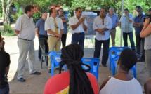 Réunion entre les partenaires du projet (Etat, Ville de Saint-laurent, CTG, EPFAG...) et les habitants occupant le futur terrain du lycée 4