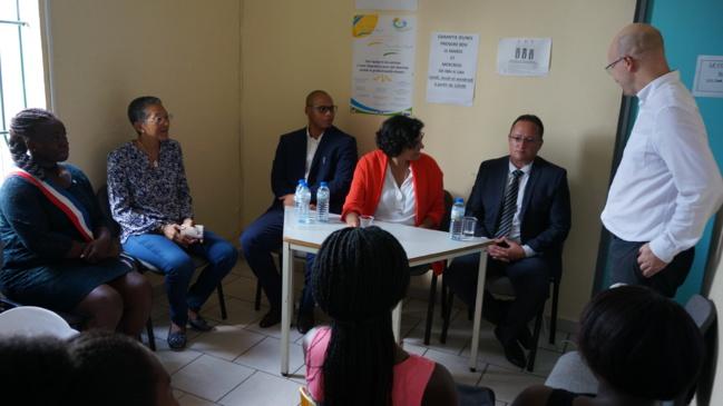 Arnaud Fulgence et Linda Afoedini en compagnie de Madame la Ministre et de David Riché