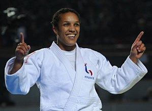 Accueil de Lucie DECOSSE, Championne du monde de moins de 70 kg