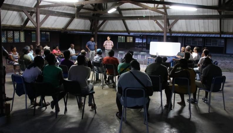[Rénovation urbaine - NPNRU] : réunion publique à la Charbonnière autour de la future étude MOUS sur le lotissement des Bardeaux