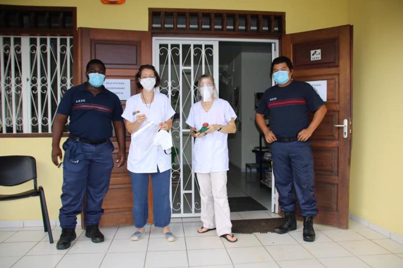 [Prévention] : la commune distribue des kits de protection aux infirmières et aux sages-femmes libérales de Saint-Laurent
