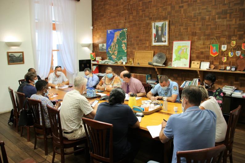 [#coronavirus] : Madame le maire participe à la première réunion de la cellule de crise de l'ouest guyanais