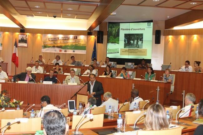 Ouverture du colloque des villes équatoriales guyanaises durables par le Maire