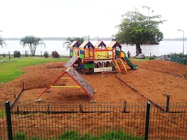 Travaux sur l'aire de jeux de la place Malouet : Les enfants vont devoir patienter !