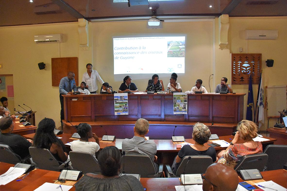 Nos jeunes ont du talent : les collégiens du collège Arsène Bouyer d'Angoma