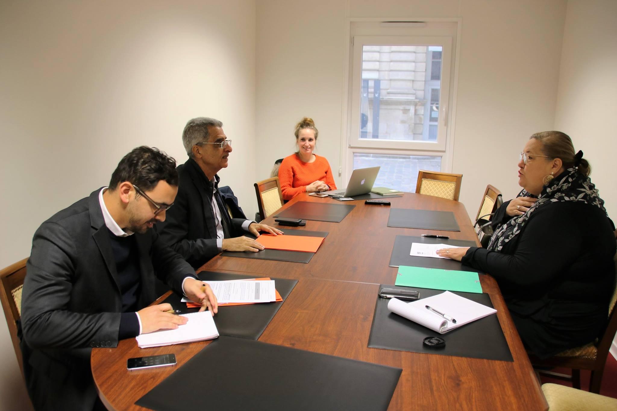 [Affaires scolaires] : Madame le maire invitée au Sénat pour faire part des réalités et des besoins de Saint-Laurent en matière de scolarisation