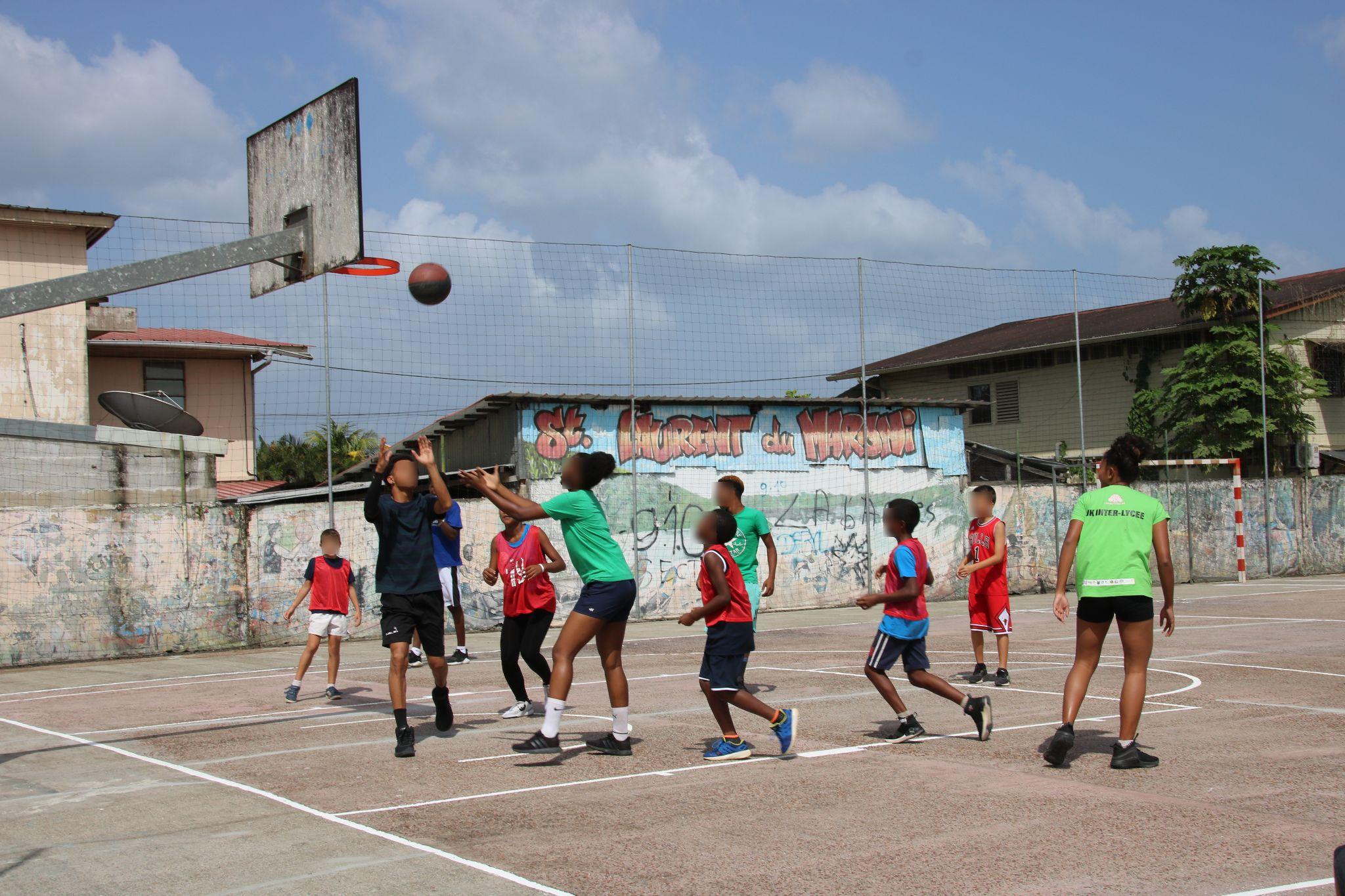 [INSERTION] : Tournoi de basket organisé par le Point d'Accueil Ecoute Jeunes