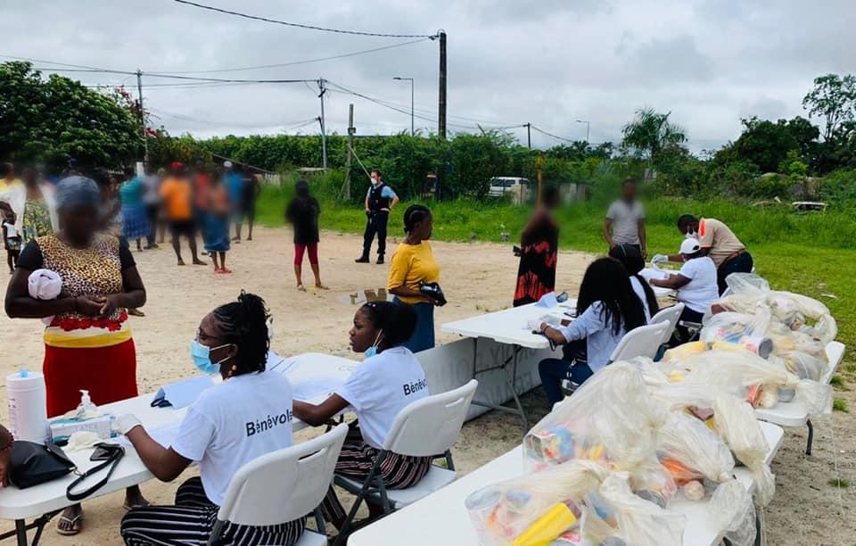 [Aide alimentaire] : la commune de Saint-Laurent du Maroni continue à participer au déploiement de l'aide alimentaire dans les quartiers de la capitale de l'ouest