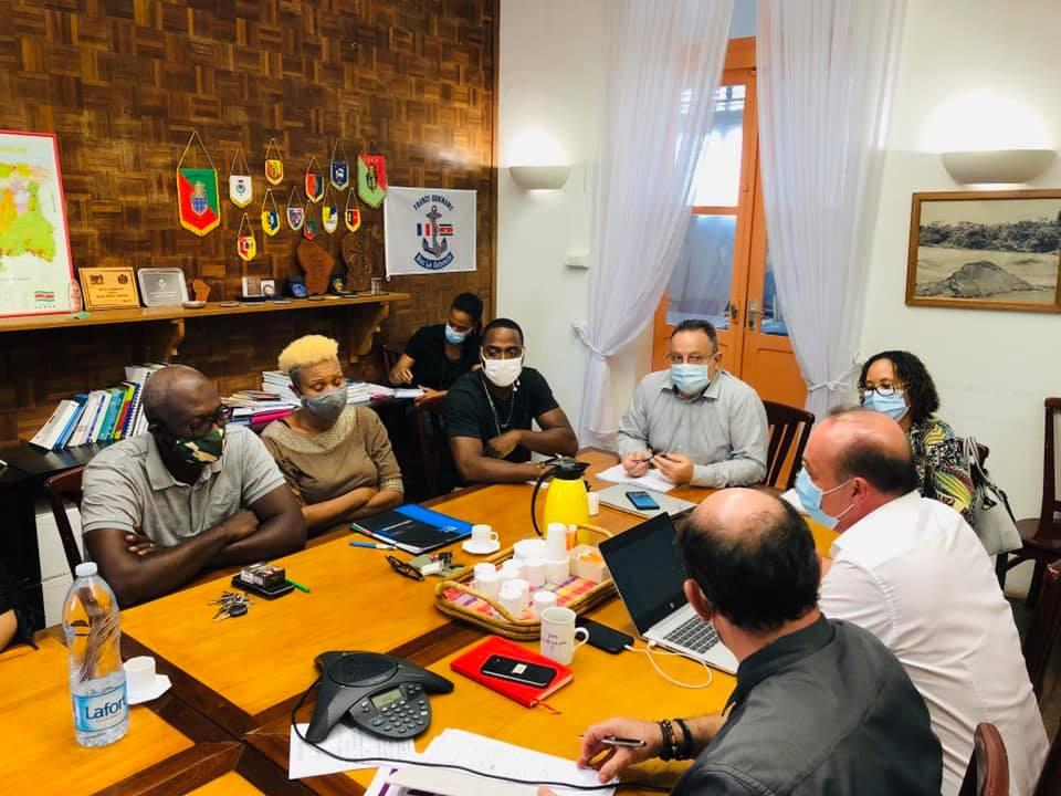 [#Economie] : la commune de #SaintLaurentduMaroni participait hier à une réunion avec les socioprofessionnels de l'ouest autour des enjeux économiques liés à la crise