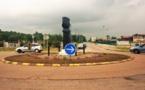 [Embellissement - cadre de vie] : nouvelles plantations sur le rond-point d'entrée de ville