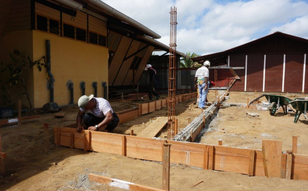 [Constructions scolaires] : extension de l'école Tapoka au village Terre Rouge