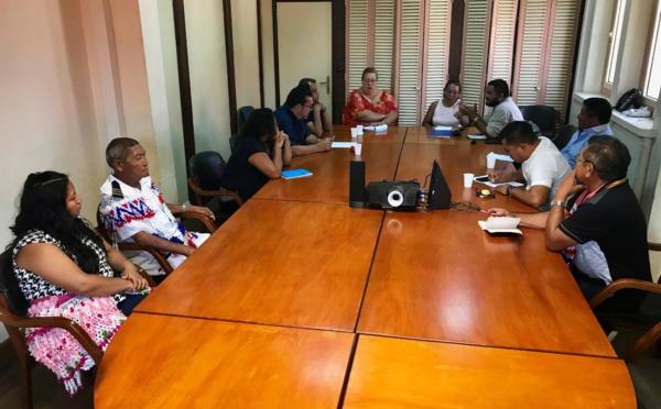 [Faire-ensemble] : Madame le maire rencontre les chefs coutumiers amérindiens de Saint-Laurent du Maroni