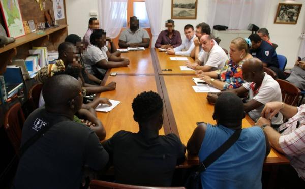 [Lutte contre les branchements sauvages] : réunion avec les représentants des habitants des Sables Blancs