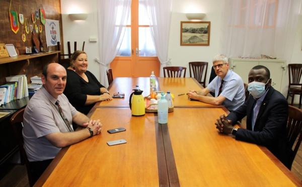 [Coronavirus] : Madame le maire participe à une réunion de coordination autour de la situation à Saint-Laurent et dans l'Ouest