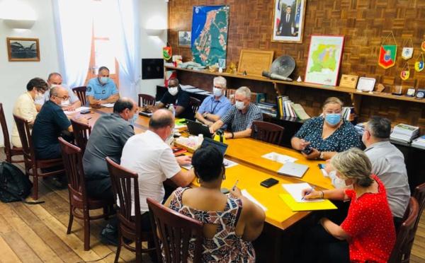 [#coronavirus] : Madame le maire participait hier à la deuxième réunion de la cellule de crise de l'ouest guyanais
