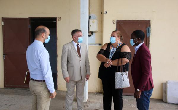#Protocole : Sophie CHARLES, Maire de Saint-Laurent du Maroni, présente la commune à Thierry QUEFFELEC, Préfet de la Guyane