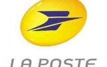 """Emission d'un carnet de 12 timbres-postes """"Outre Mer""""."""