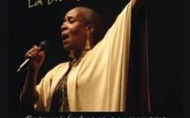Josy Mass en représentation le 12 mars 2012 au Cinéma le Toucan