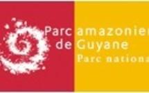 """Exposition photographique Boulevard du Docteur Edmard LAMA :""""les Patrimoines cachés du Sud de la Guyane"""" organisée par le Parc Amazonien de Guyane du 14 Septembre au 15 Octobre 2012"""