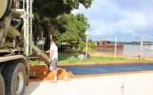 #Travaux : le surfaçage de l'esplanade Baudin a débuté à #SaintLaurentduMaroni